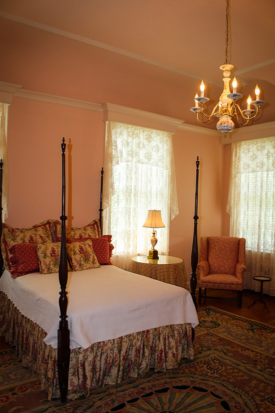 Pink Room at Allendale Mansion