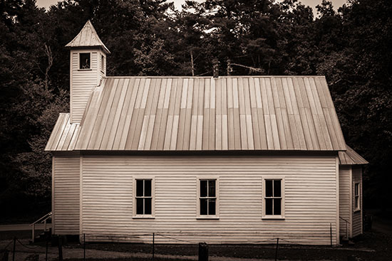 Missionary Baptist Church in Cade's Cove