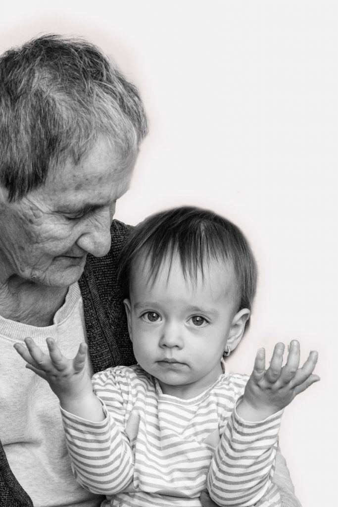 SHORT AND SWEET SAYINGS ABOUT GRANDPARENTS